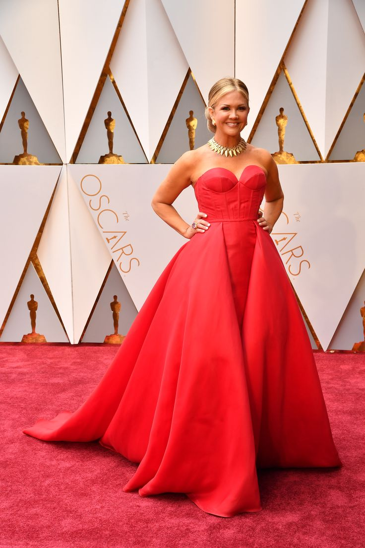 Scarlett O'Hara, is that you? Nancy O'Dell goes for old-school glamour in this full red ballgown. via @AOL_Lifestyle Read more: https://www.aol.com/article/entertainment/2017/02/26/oscars-2017-red-carpet-arrivals/21722185/?a_dgi=aolshare_pinterest#fullscreen
