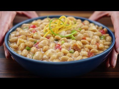 BUSH'S® White Chicken Chili Beans | easy to make & super quick. Husband approved.