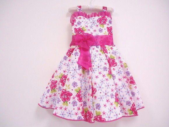 Vestido Florido Pink Com Detalhes em Voil e Saiote de Tule. Tamanho: 2 Anos