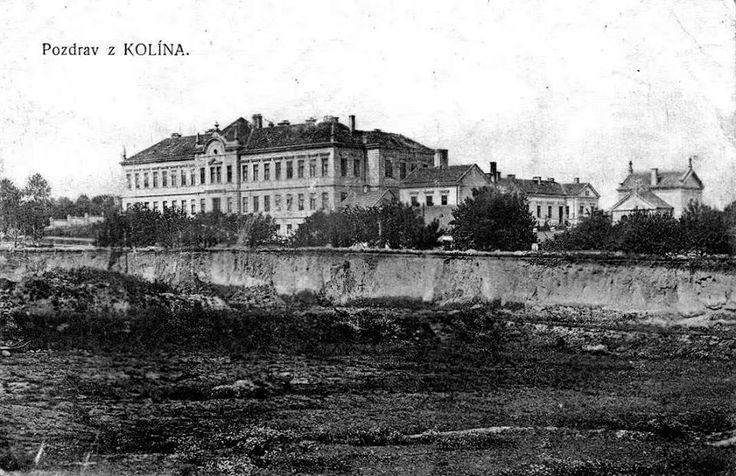 Původní budova nemocnice z r.1898 foto 1915 později pavilon , který byl  v prosinci 1940 -41 zcela přestavěn a přistaveno 2.patro