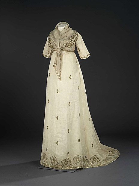 evening dress features a fichu and spencer USA or France, 1805-1810 Royal Ontario Museum