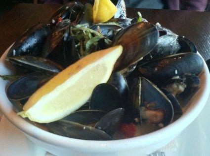 Restaurant Review: Goin' Coastal (Atlanta, Georgia) #glutenfree