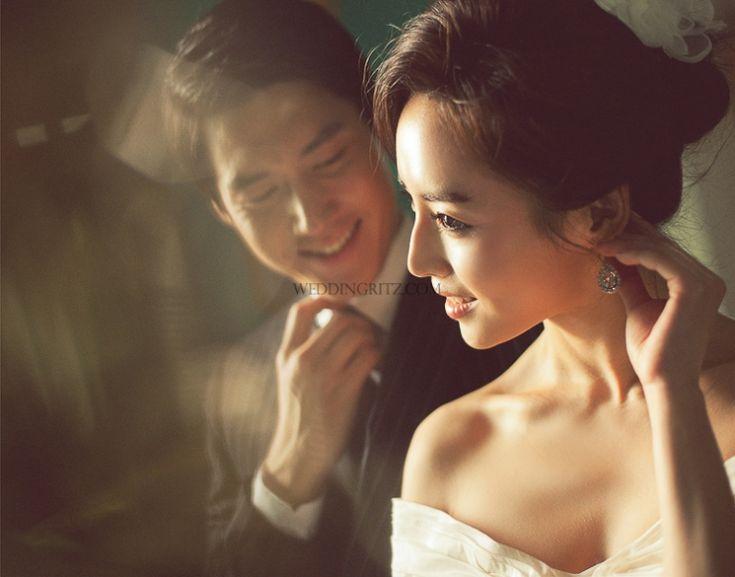 Korea Pre-Wedding Photoshoots by WeddingRitz.com » Wedding NEW Edition of Moonlight Scooter Studio - 'SCRETO'