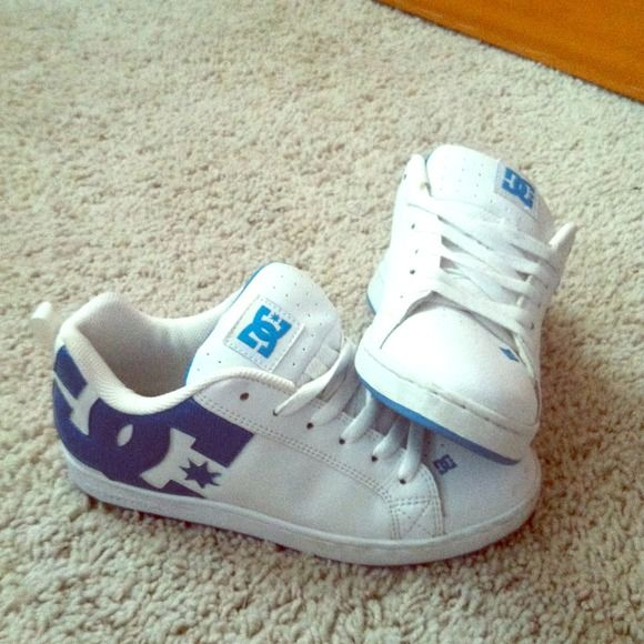 Dc skate shoes Girls light blue , brand new dc shoes DC Shoes