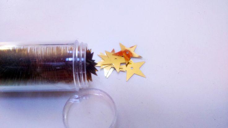 Scatola di Paillettes dorate a forma di stella : Accessori da attaccare di merceriarosapalese