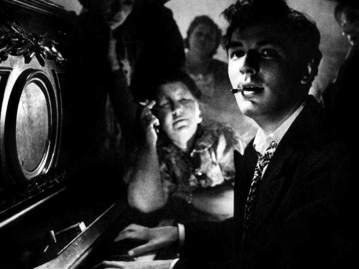 Aleksey Batalov em Letyat zhuravli dirigido por Mikhail Kalatozov de 1957