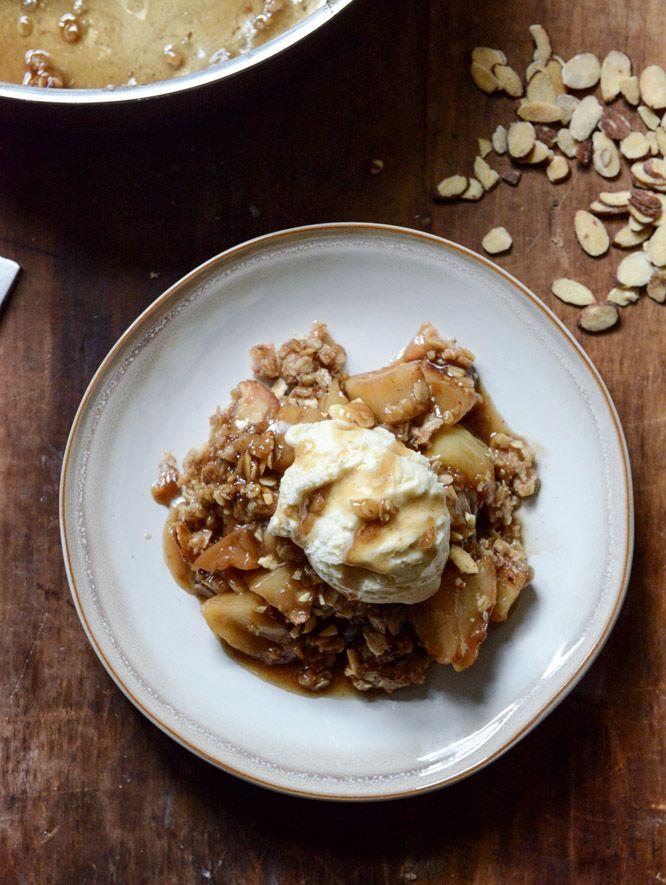 Amaretto Apple Crisp with Toasted Almonds | Apple Crisp ...