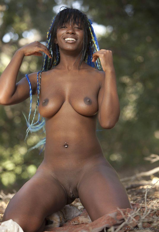live nude black women