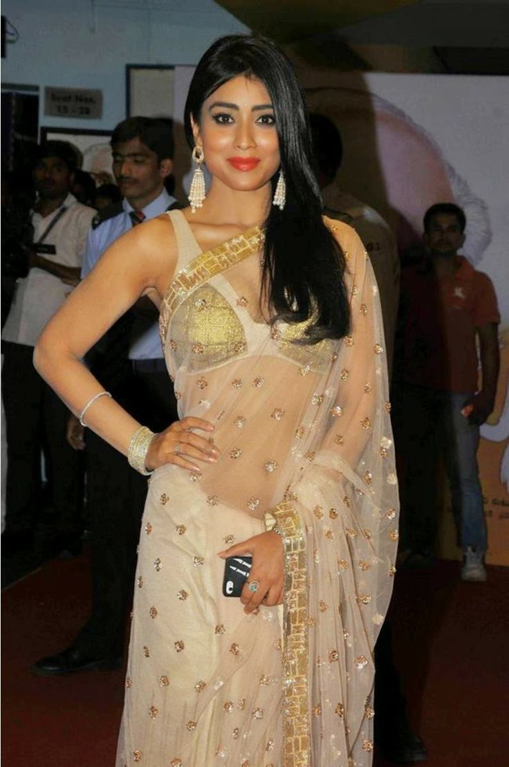 Celebrities at manam premier show at http://edlabandi.com/gallery-393-celebrities-at-manam-premier-show.html