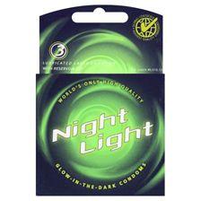 Si  estás buscando sorprender a tu chica o simplemente pasar un buen rato, Night Lights es la mejor opción. Estos fantasticos condones brillan en la oscuridad. Sólo tienes que exponerlos  a la luz durante 30 segundos, y luego prepararse para una noche para recordar! Tienes 15 minutos para disfrutar de tu preservativo fosforito.