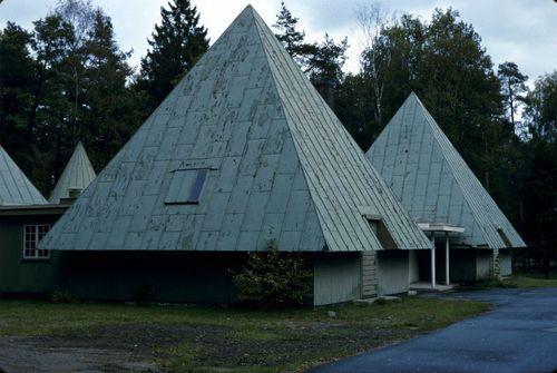 Erik Gunnar Asplund - Woodland Visitor Center, Stockholm, 1923