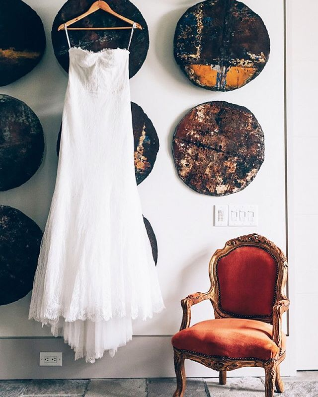 Good morning #bride #sidebride #white #dress #weddingday #weddingdress