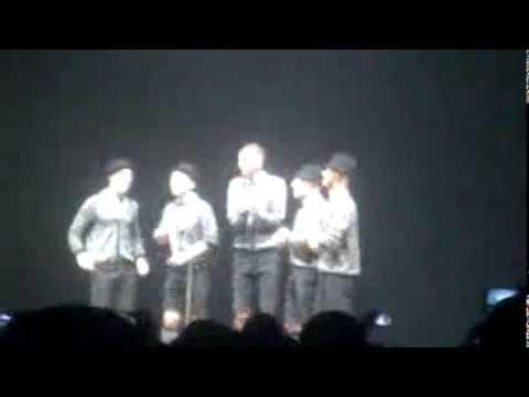 Stromae Live Tous les mêmes - a cappella - YouTube