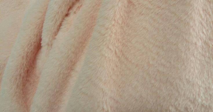 γούνες Γούνες με εξαιρετικά απαλή υφή, βαριά, καλή ποιότητα υφάσματα 123 ευρώ Υφάσματα με το μέτρο φθηνά υφάσματα προσφορές προέλευση Ολλανδία