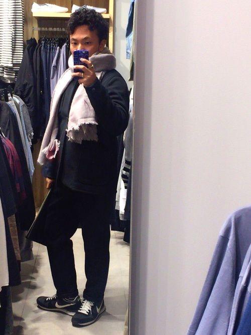 香川発のブランドcurlyのセットアップを購入! 光沢のあるジャージ素材で着やすくて、形も綺麗ですね