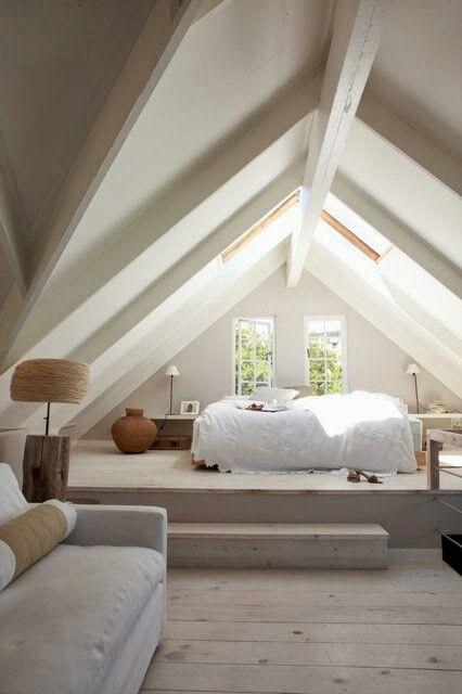 White & peace -- Beach House by StudioAflo via @homeadore_decor