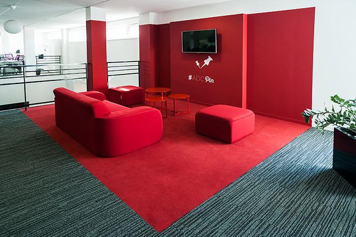 Espace détente dans les bureaux du groupe L'atelier des compagnons à Paris