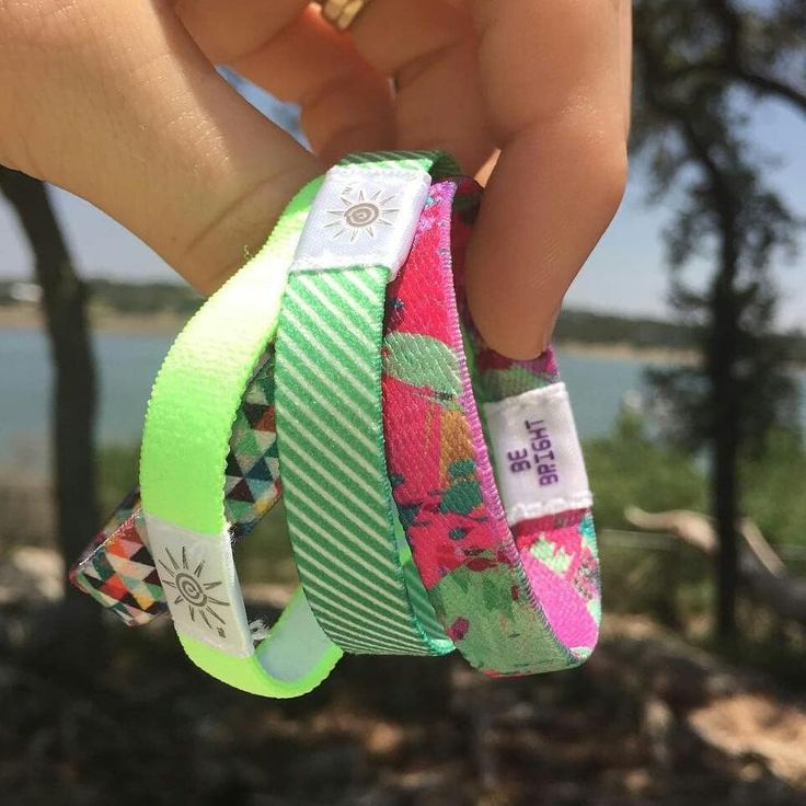 Get your favorite Wrist Bands at www.brightbands.com