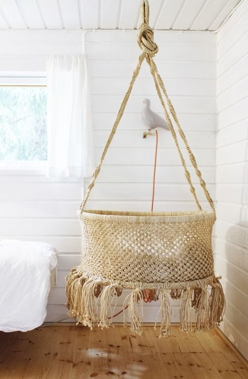Hang your baby in a macrame basket !