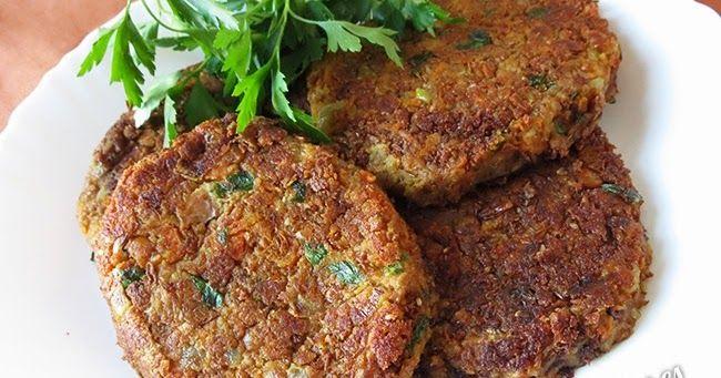 Receta de hamburguesas de lentejas. Ideal para la dieta vegana/vegetariana o si quieres probar cosas nuevas y saludables.