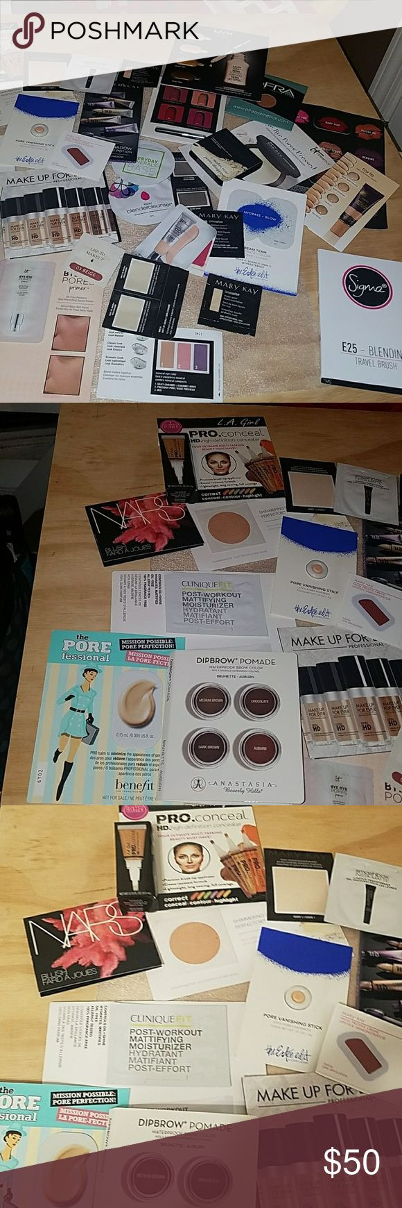 AssortedLarge HighEnd MakeupSamples! Large 32 High End Makeup Samples  Bundle ! One Is a travel makeup brush Open  to Offers! Makeup
