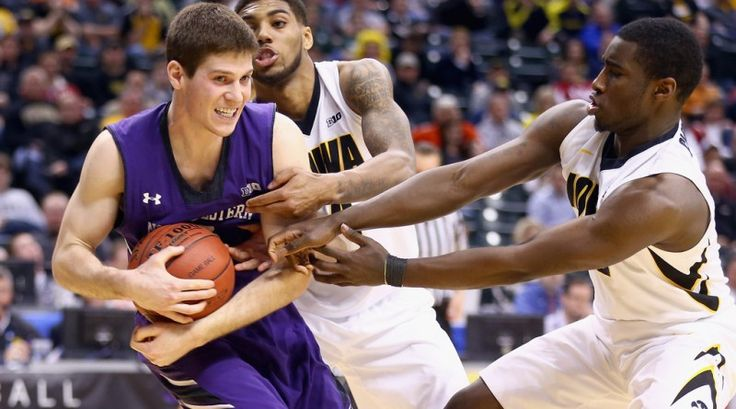 Northwestern Wildcats at Iowa Hawkeyes, Basketball Sports Betting Preview, Odds & Predictions