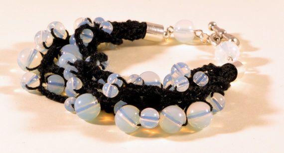 Crochet and beads bracelet, opal glass beads, handmade crochet bracelet, summer bracelet, black and opal bracelet, string bracelet