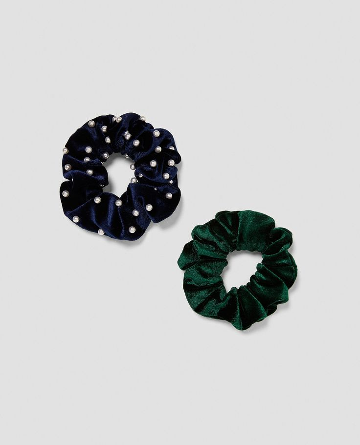 PACK OF SCRUNCHIES from Zara