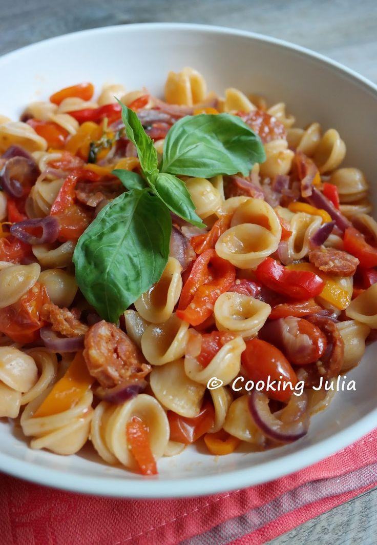 Pas quoi faire à manger ce soir ? Pourquoi pas un one pan pasta, ce fameux plat de pâtes où tous les ingrédients cuisent en même temps dans ...