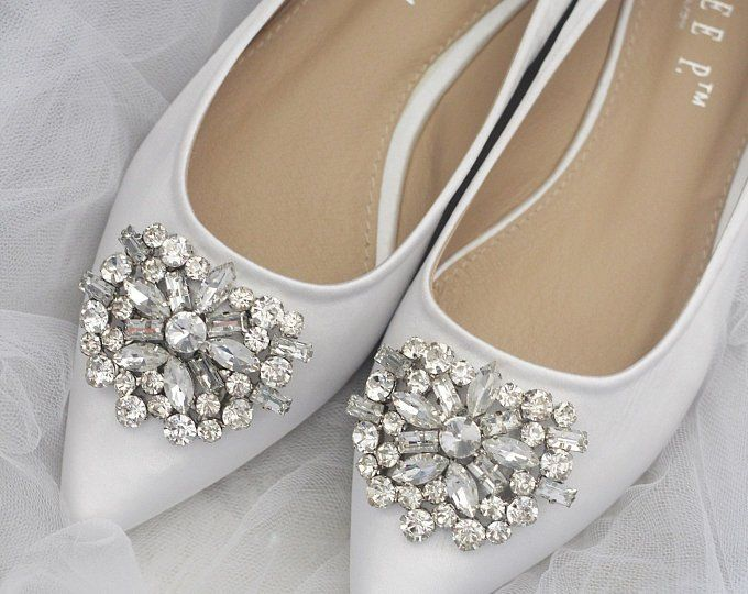 White Satin Pointy Toe Flats With Oversized Pearls Applique Etsy Womens Wedding Shoes Bridesmaid Shoes Bridal Shoes Flats