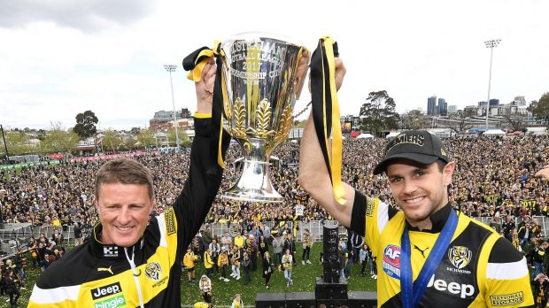 Coach of the Richmond Tigers Damien Hardwick (left) and and captain Trent Cotchin.