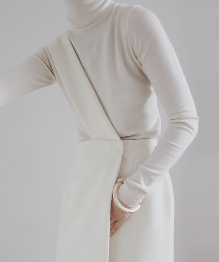 Wool skirt (Maria Van Nguyen)
