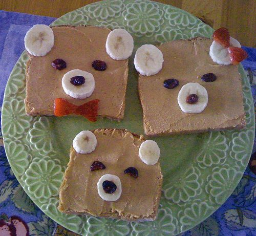 "How adorable is this snack idea from Justin's Nut Butters? (We're calling it, ""Justin's & The Three Bears."") Click through for the easy how-to, a coupon and a way to win $ 100 worth of Justin's!"
