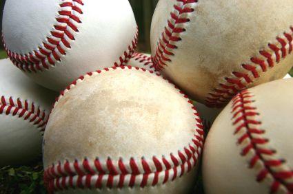 1000 Ideas About Softball Birthday Cakes On Pinterest
