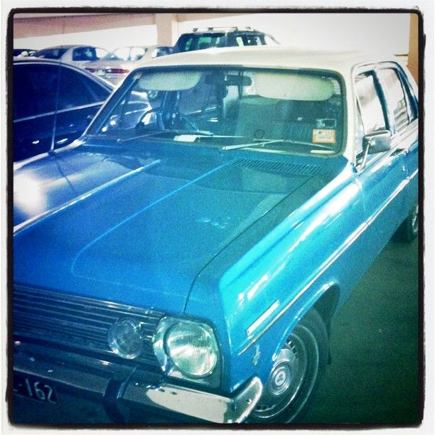 Found this beautiful #blue #holden #car in a shopping carpark