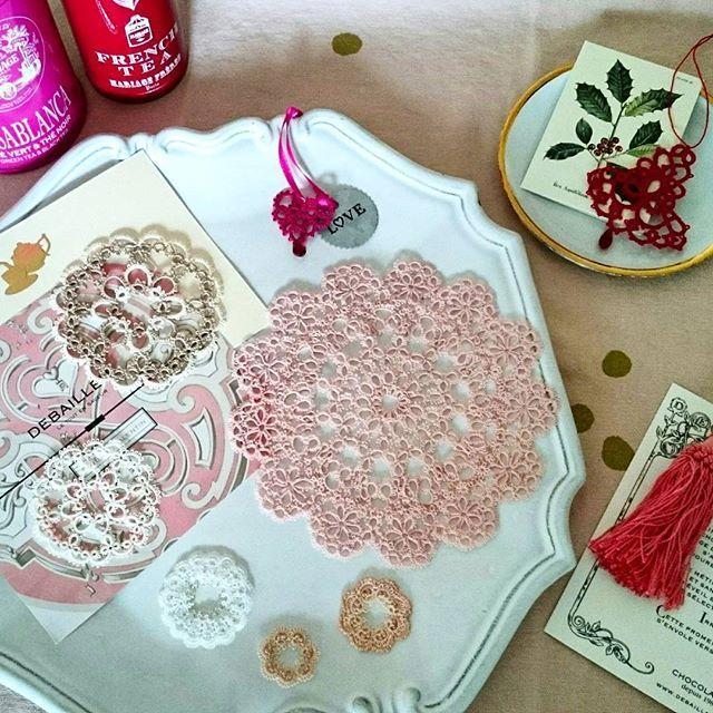 タティングレースとお茶の時間  WS無事に終了致しました! ご参加の皆さま、本日もありがとうございました。 次回は12/10です。 クリスマスらしいジングルベルのレースで、楽しい時間をご一緒したいと思います✨✨ #ブランボヌール#blancbonheur#タティングレース#tattinglace#frivolite#ウエディング#wedding#11/23芝川ichi#タティングレースとお茶の時間