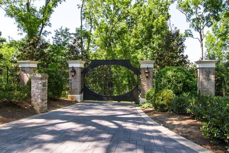 For sale: $8,750,000. Kelly Clarkson is selling her stunning home on an exclusive four+ acre gated waterfront estate! Home is naturally light and airy, with magnificent views from every window. Quiet wooded cul-de-sac, private dock, saltwater pool, two spas... so much more!