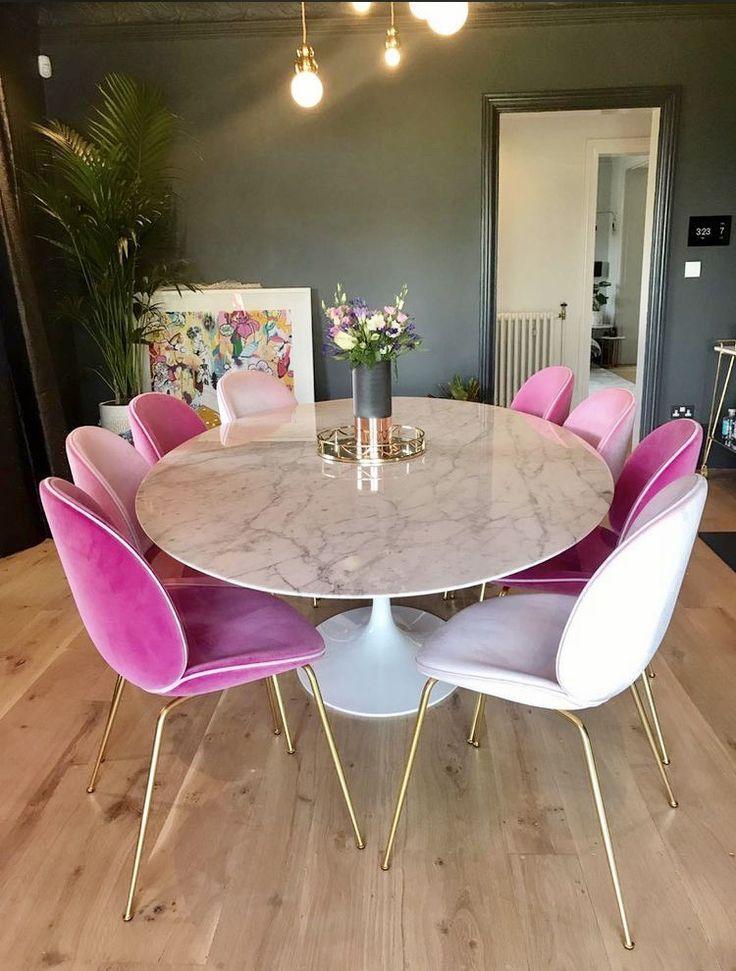 Zoella Dining Room Dark Walks And Pink Chairs Wohnen