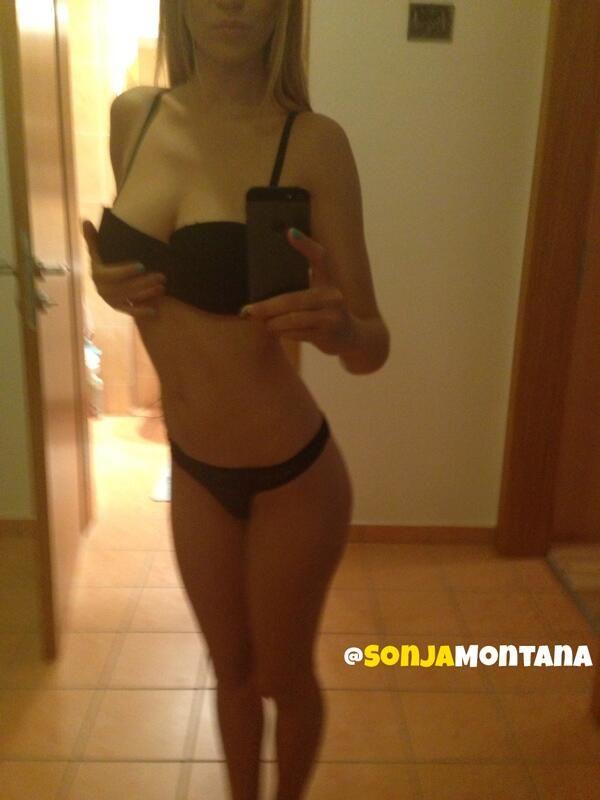 Sonja Montana selfie