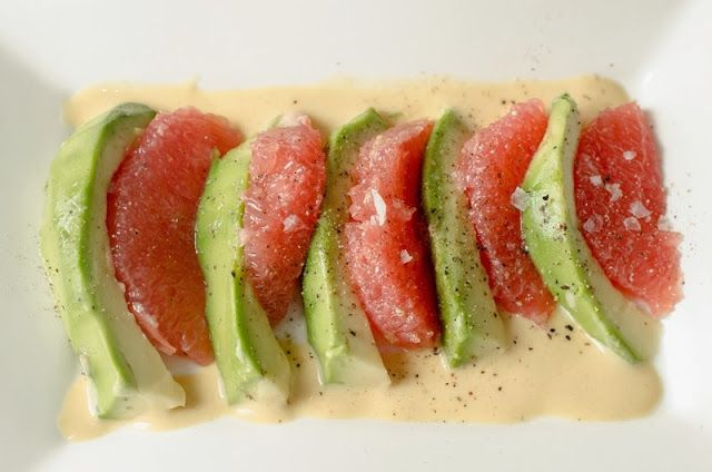 Salata de avocado cu grepfrut si sos de mustar / Cooking with my soul