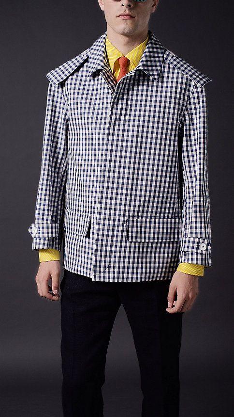 小方格府綢材質短版寬護頸防雨大衣 | Burberry NT$92000