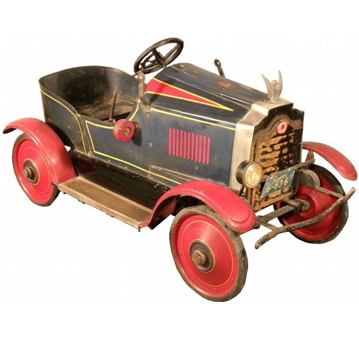 """Dwarf Cars For Sale: Gendron """"Willy's-Knight"""" Pioneer Line Pedal Car. Ca. 1920"""