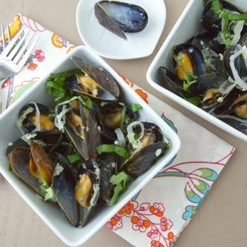 Sake Steamed Mussels | Recipes Galore | Pinterest
