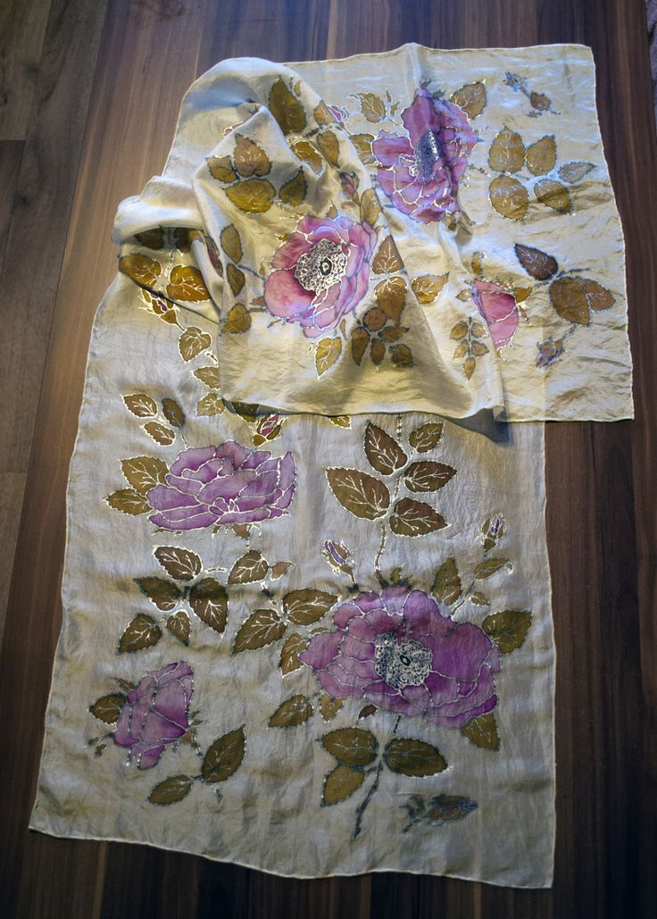 Silk scarf Roses Hedvábný šál Růže 45x160 cm