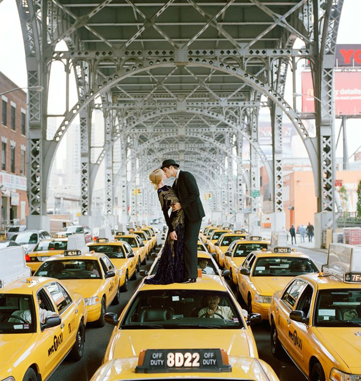 Foto di baci famosi - Rodney Smith - Taxi Kiss 2008