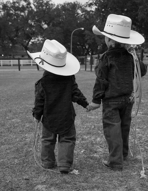 team roping partners....ohh so cute!