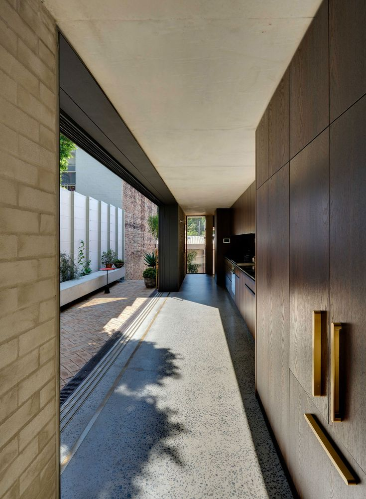 Annandale House by Welsh + Major Architects | Yellowtrace