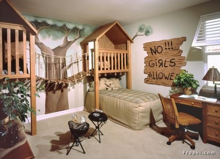 Awesome room for a little boy... minus the adult looking desk & chair: Kids Bedrooms, Toddlers Boys, Boys Bedrooms, Bedrooms Design, Trees House, The Bridges, Little Boys Rooms, Bedrooms Ideas, Kids Rooms