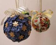 Como Decorar Bolinhas De Natal Com Fuxico4