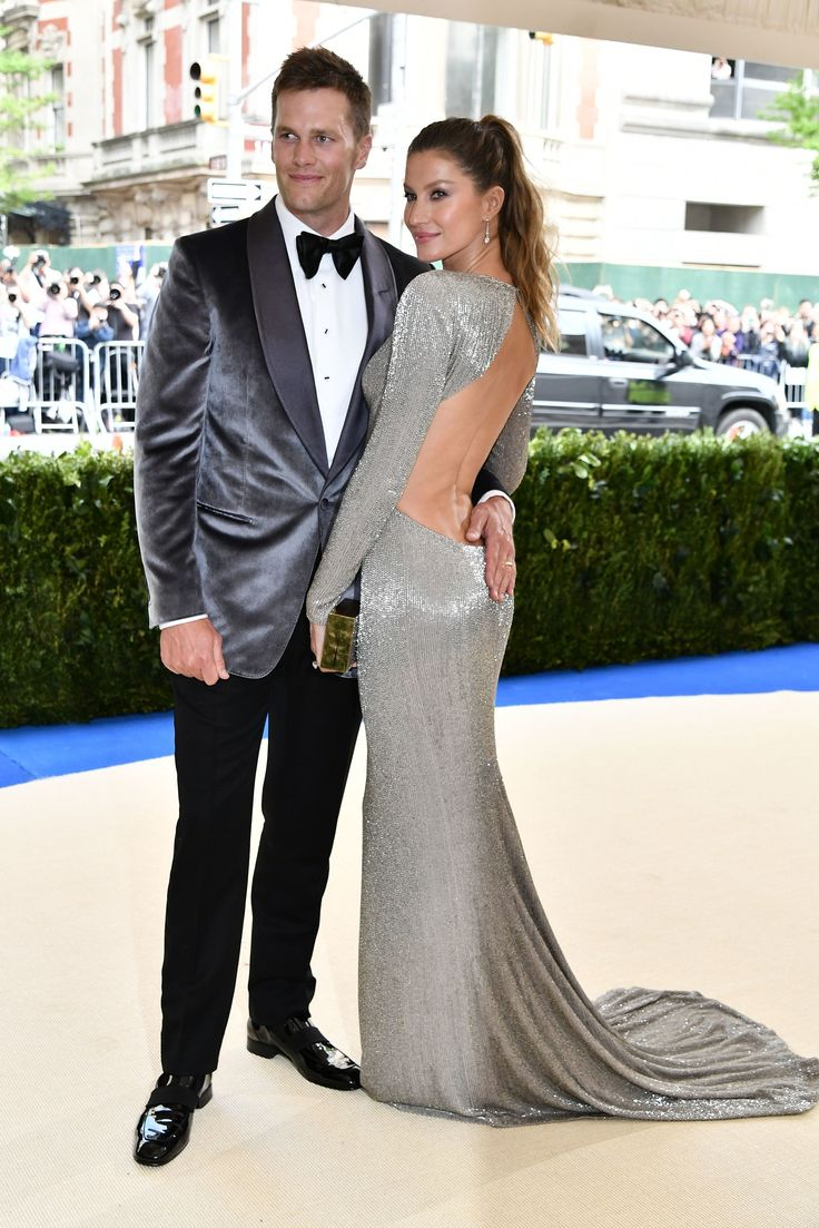 Tom Brady in Tom Ford and Gisele Bündchen in Stella McCartney - It's hard to find fault with either and together they are nothing sort of sartorial splendor.Photo: Shutterstock